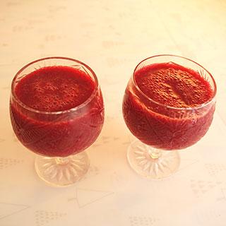 клубничный сок смузи